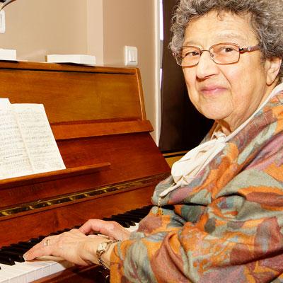 Femme au piano